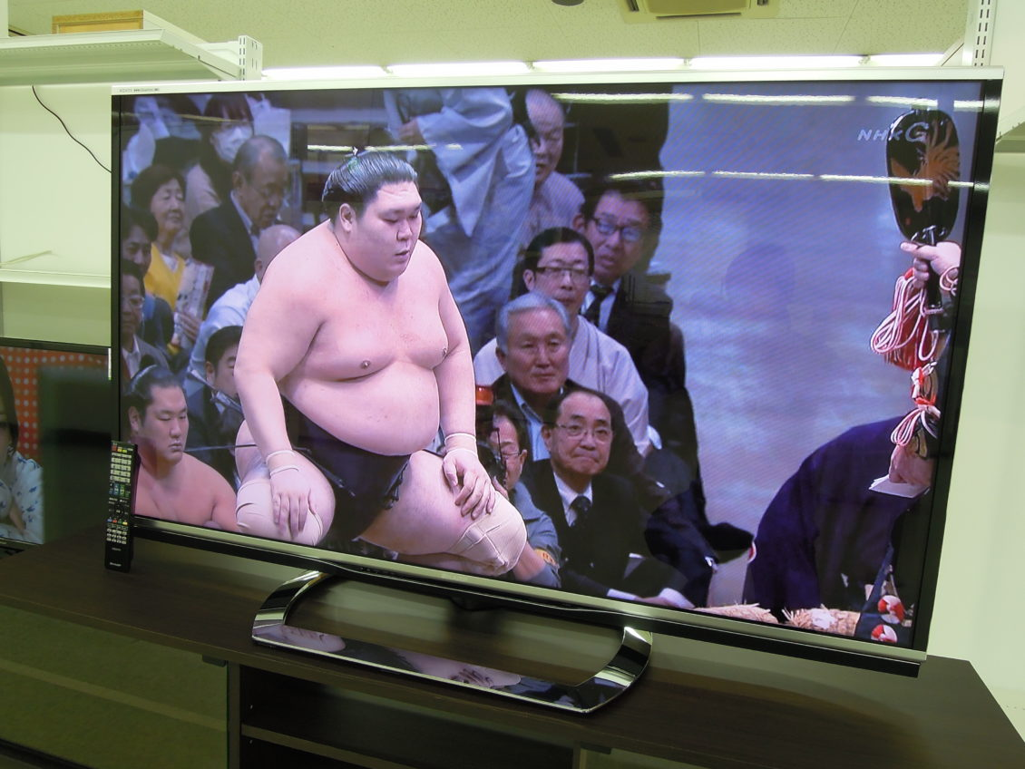シャープ 液晶テレビ/60インチ