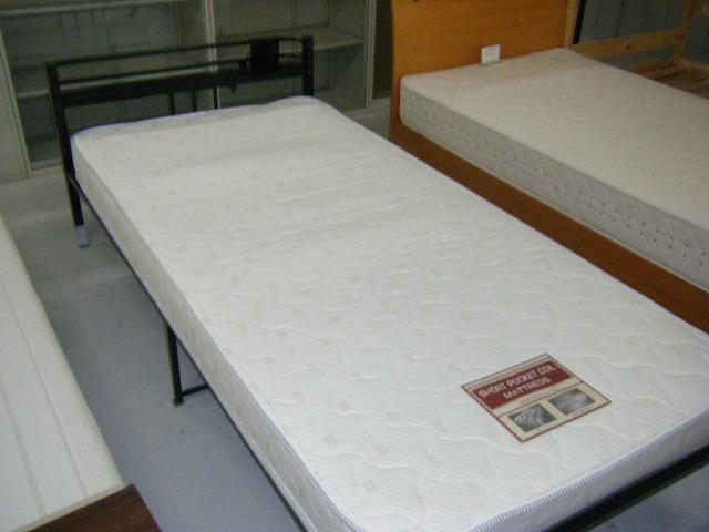 シングルベッド画像2